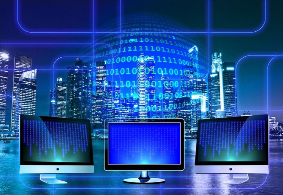 The Indispensable Need for Database Management Applications in the Present World